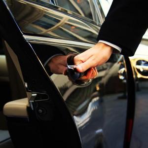 taxi-door-open